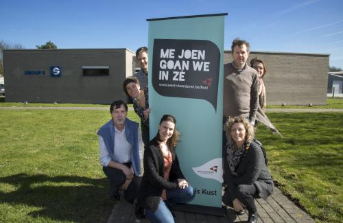 Groepsfoto 'Me joen goan we in zé'